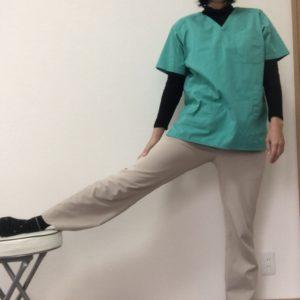 膝の内側が痛い時のストレッチ